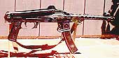 Пистолет-пулемет ППС-43 со сложенным прикладом.