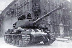ИС-2 — самый мощный тяжелобронированный танк времен Великой Отечественной войны